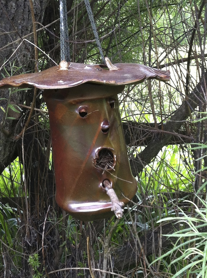 Birdhouse with nest